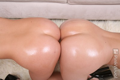 Hollie Stevens Big Asses
